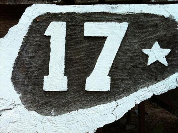 Người Ý cũng xem số 17 là con số không đem lại may mắn bởi nó tượng trưng cho sự chết chóc