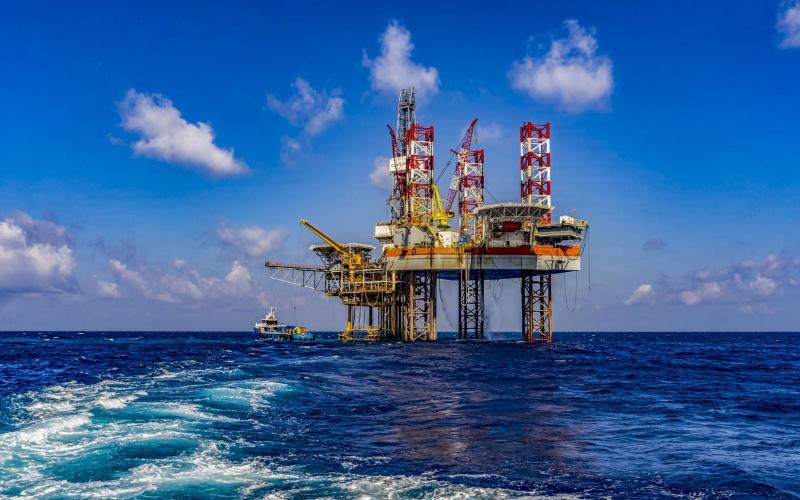 Mơ thấy VietsovPetro phá kỷ lục doanh thu từ dầu khí cặp số 83 - 56